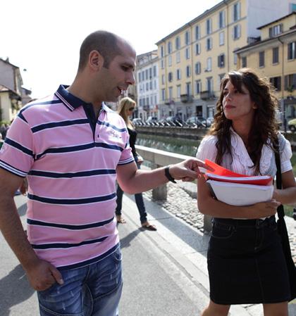 In foto Giulia Michelini (36 anni) Dall'articolo: Cado dalle Nubi: la fotogallery.