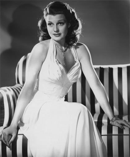 In foto Rita Hayworth Dall'articolo: Storia 'poconormale' del cinema: women.