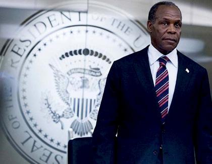 In foto Danny Glover (74 anni) Dall'articolo: 2012 avrà forse un sequel televisivo.