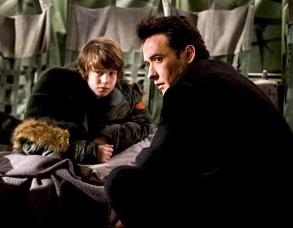 In foto John Cusack (54 anni) Dall'articolo: 2012 avrà forse un sequel televisivo.