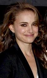 In foto Natalie Portman (37 anni) Dall'articolo: Black Swan: Cassel, Ryder e la Hershey nel dramma sovrannaturale sul balletto.