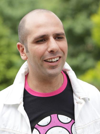 In foto Checco Zalone (42 anni) Dall'articolo: Box Office: Checco Zalone batte New Moon.