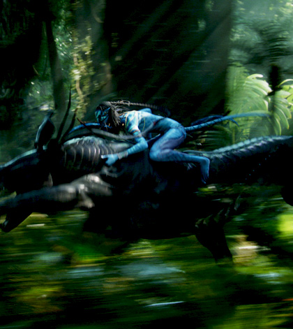 Un guerriero Na'vi in groppa del Thanador -  Dall'articolo: Avatar: una valanga di nuove immagini.