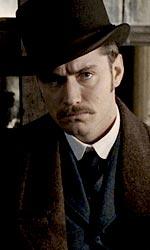 In foto Jude Law (47 anni) Dall'articolo: Sherlock Holmes: le ultime immagini ufficiali.