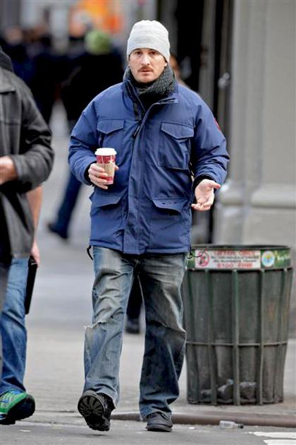 In foto Darren Aronofsky (50 anni) Dall'articolo: Black Swan: le foto sul set di Cassell e della Portman.
