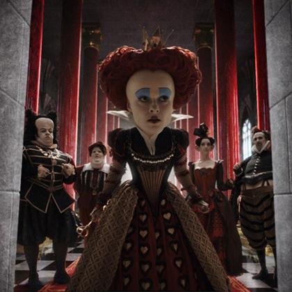 In foto Helena Bonham Carter (55 anni) Dall'articolo: Alice in Wonderland: la richiesta di fidanzamento ad Alice nel trailer inglese.