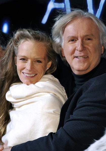 In foto James Cameron (65 anni) Dall'articolo: Avatar: premiere a Tokyo.