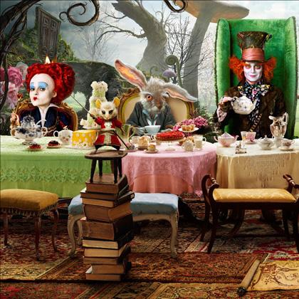 In foto Barbara Windsor Dall'articolo: Alice in Wonderland: ecco le immagini delle creature del film.