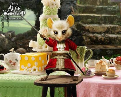 In foto Barbara Windsor (81 anni) Dall'articolo: Alice in Wonderland: ecco le immagini delle creature del film.