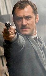 In foto Jude Law (47 anni) Dall'articolo: Sherlock Holmes fra playstation e fumetto.