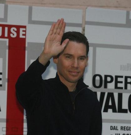 In foto Bryan Singer (56 anni) Dall'articolo: Operazione Valchiria: parlano Tom Cruise e Bryan Singer.