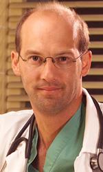 E.R. – Medici in prima linea, una serie a cuore aperto - Le origini