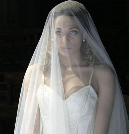 In foto Laura Chiatti (37 anni) Dall'articolo: 5x1: Laura Chiatti, dalla tv a Desdemona.