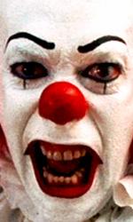 In foto Tim Curry (75 anni) Dall'articolo: It di Stephen King arriverà al cinema.