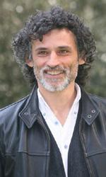 REX, al via la seconda stagione tutta italiana - Enrico Lo Verso, dal cinema alla tv, che esperienza è stata la sua?