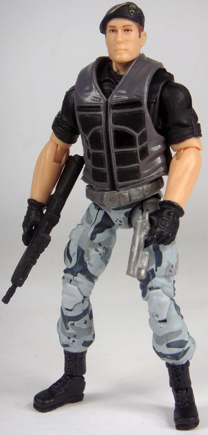 Il generale Hawk -  Dall'articolo: G.I. Joe: The Rise of Cobra, prima immagine di Cobra.