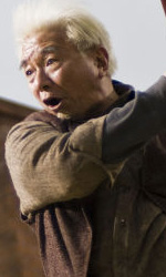 Dragonball Evolution: nuove immagini - Randall Duk Kim interpreta nonno Gohan