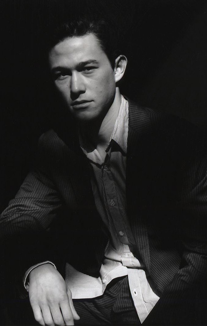 In foto Joseph Gordon-Levitt (40 anni) Dall'articolo: Inception: entra nel cast Joseph Gordon-Levitt.