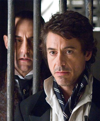 In foto Mark Strong (56 anni) Dall'articolo: Sherlock Holmes: dieci nuove immagini.