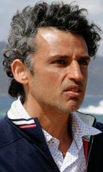 L'isola dei segreti, un film tv di misteri e passioni - Enrico Lo Verso in una scena