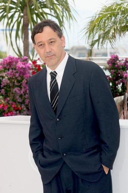 In foto Sam Raimi (62 anni) Dall'articolo: Drag Me to Hell: il photocall da Cannes.