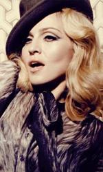 5x1: Madonna, una vita sul palco - Debutto alla regia
