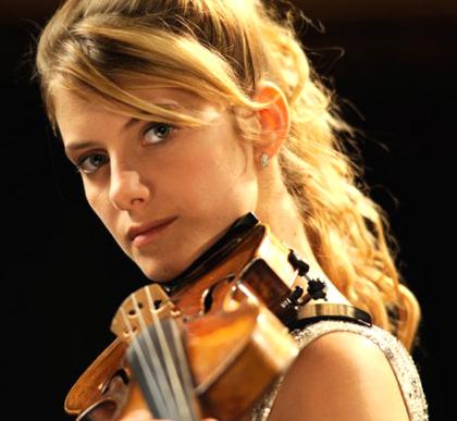 In foto Mélanie Laurent (38 anni) Dall'articolo: Il concerto: la fotogallery.