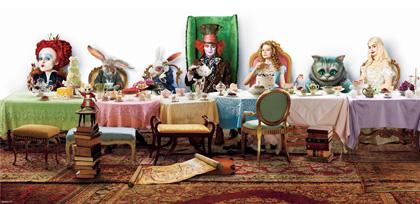 In foto Noah Taylor (52 anni) Dall'articolo: Alice in Wonderland: Johnny Depp parla del Cappellaio Matto.