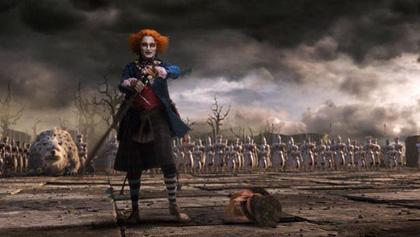 In foto Johnny Depp (58 anni) Dall'articolo: Alice in Wonderland: Johnny Depp parla del Cappellaio Matto.
