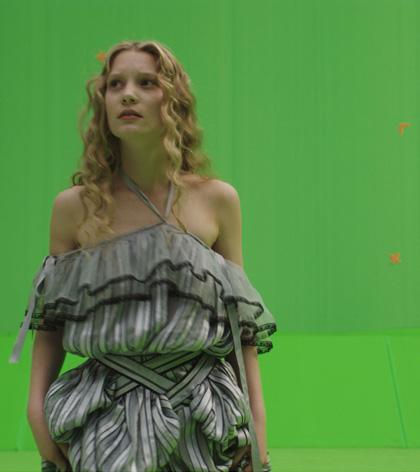 In foto Mia Wasikowska (30 anni) Dall'articolo: Alice in Wonderland: i concept art e i character still.