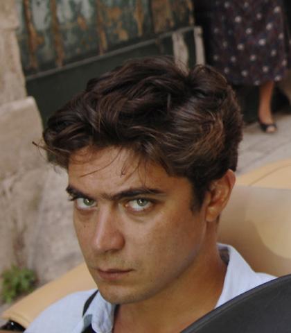 In foto Riccardo Scamarcio (40 anni) Dall'articolo: Mine Vaganti: la fotogallery.