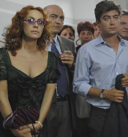 In foto Elena Sofia Ricci (59 anni) Dall'articolo: Mine Vaganti: la fotogallery.