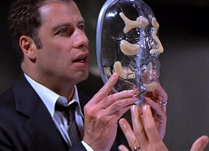 In foto John Travolta (65 anni) Dall'articolo: Film in tv: tra commedie romantiche e spietati assassini.
