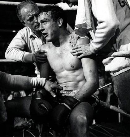 In foto Paul Newman Dall'articolo: Storia 'poconormale' del cinema: i film, i modelli (2).