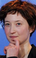 In foto Alba Rohrwacher (40 anni) Dall'articolo: Berlino 2010: il red carpet di Greenberg.