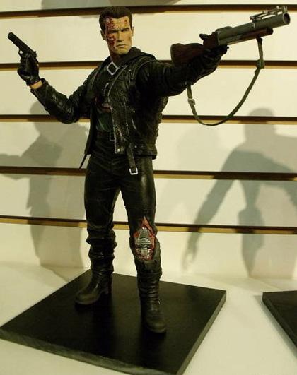 I Terminator della NECA -  Dall'articolo: Toy Fair 2010: le action figure di Iron Man 2, Jonah Hex e Scontro tra Titani.