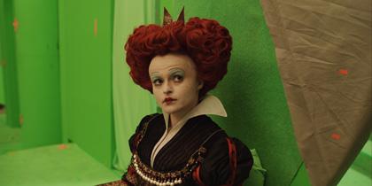 In foto Helena Bonham Carter (55 anni) Dall'articolo: Alice in Wonderland: nuove featurette e 'Almost Alice' di Avril Lavigne.