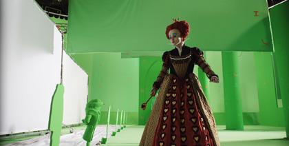 In foto Helena Bonham Carter (53 anni) Dall'articolo: Alice in Wonderland: nuove featurette e 'Almost Alice' di Avril Lavigne.