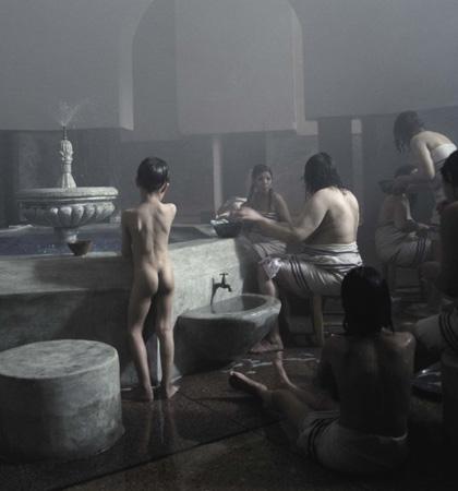 -  Dall'articolo: Donne senza uomini: la fotogallery.