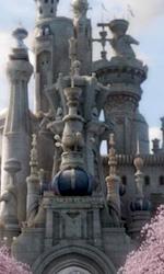 """Il castello della Regina Bianca -  Dall'articolo: Alice in Wonderland: la clip """"vestite questa ragazza"""" e nuove immagini."""