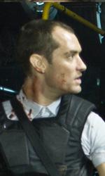 """In foto Jude Law (49 anni) Dall'articolo: Repo Men: il red band """"Director's Cut"""" trailer e 27 nuove immagini."""