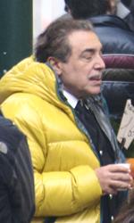 In foto Nino Frassica (70 anni) Dall'articolo: The Tourist: le riprese di Depp inseguito in Campo della Pescheria.