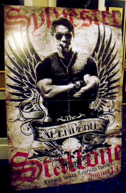In foto Sylvester Stallone (73 anni) Dall'articolo: The Expendables: nuovo poster e lo standee del Showest.