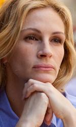 In foto Julia Roberts (54 anni) Dall'articolo: Mangia, prega, ama: trailer e prime immagini ufficiali.
