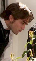 Bel Ami: le foto di Pattinson sul set di Londra e di Budapest - Pattison sul set di Londra