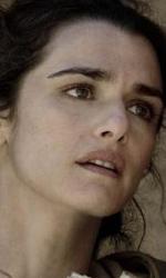 In foto Rachel Weisz (50 anni) Dall'articolo: Film nelle sale: arrivano Matrimoni e altri disastri.