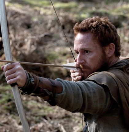 In foto Scott Grimes (48 anni) Dall'articolo: Robin Hood: oltre 40 foto ufficiali e 2 clip in italiano.