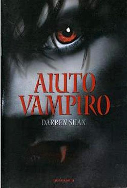 La recensione *** -  Dall'articolo: Aiuto vampiro, il libro.