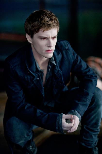 In foto Xavier Samuel (38 anni) Dall'articolo: The Twilight Saga Eclipse: la bella e la bestia.