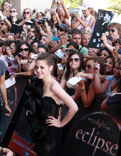 In foto Kristen Stewart (30 anni) Dall'articolo: The Twilight Saga Eclipse: Bella e Jacob a Roma.